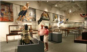 Couple viewing exhibits at the Mariner's Museum